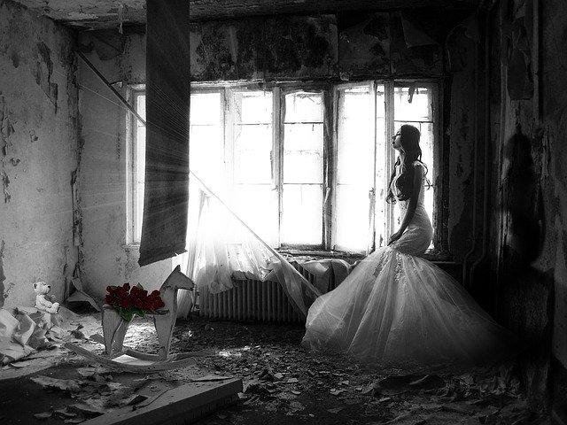 Jak odzyskać zadatek? Odstąpienie od umowy o zorganizowanie wesela
