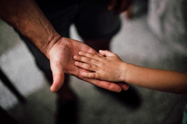 Zrzeczenie się praw rodzicielskich